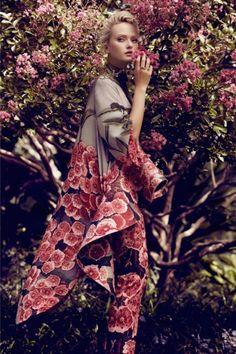 A Rose Down Under:  Annabella Barber for Plaza Kvinna at LuLus.com!