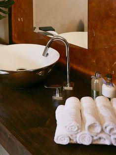 Pritesh Lad, Founder of luxury bespoke design service St Jamesinteriors has a way with luxury wood interiors. Wood Interiors, Saint James, Vanity Units, Bespoke Design, Recycled Glass, Powder Room, Service Design, Sink, Windsor