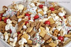 Christmas Snack Mix {Sweet and Salty}..