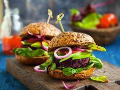 Hambúrguer de beterraba caseiro e delicioso - Blog de Receitas, Gastronomia e Bem Estar| Papo Gula