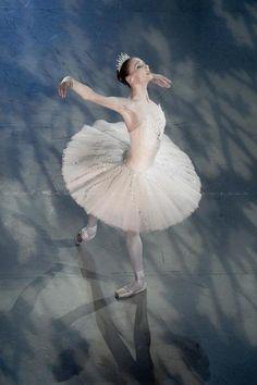 "Svetlana Zakharova, ""The Sleeping Beauty"", Bolshoi Ballet - Photographer Nikolay Krusser"