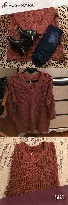 FP long tunic sweater Firm Price... Cozy long sweater by FP need I say more .... Great color pair it up with your favorite jeans or leggings 30 x 27 in wide xs but it fits everyone...terra cotta color! Pre- loved condition Free People Sweaters V-Necks