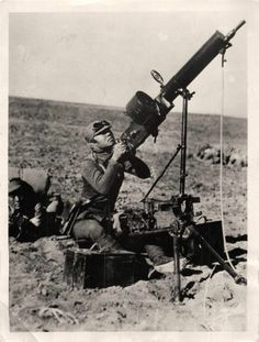 1937 Chinese Soldier Mans Anti-Aircraft Gun in Suiyuan Province Orig Press Photo