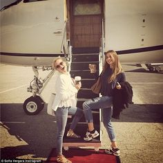 'Here we go!!' Sofia shared this close-up snap of the two before boarding their private plane