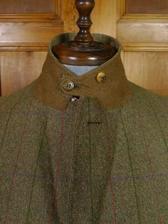 Ghillie collar detail from bespoke tweed suit.