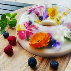edible flower jelly cake