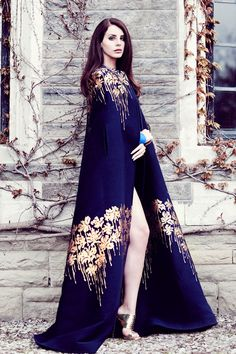 #blueandgoldpromspirit #lanadelrey #gown