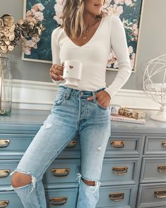 white bodysuit - How To Be Trendy Fall Winter Outfits, Autumn Winter Fashion, Spring Outfits, October Outfits, Autumn Fashion Casual, Spring Fashion, Mode Outfits, Trendy Outfits, Fashion Outfits