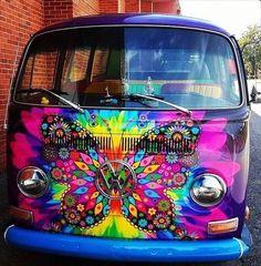 The happy hippie ☮ ️art ☯ hippie car, vw bus и vehicles Volkswagen Bus, Vw T1, Vw Camper, Volkswagen Beetles, Kombi Hippie, Hippie Car, Hippie Chick, Happy Hippie, Hippie Love