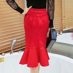 Women Pencil Skirt Fashion Ol Slim Bodycon Skirt Ruffles Hem Mermaid Style Plus Size Ladies Office Skirt Types Of Skirts, Red Skirts, Korean Fashion Casual, Suede Mini Skirt, Red Midi Dress, Evening Outfits, Body Con Skirt, Pattern Fashion, Skirt Fashion