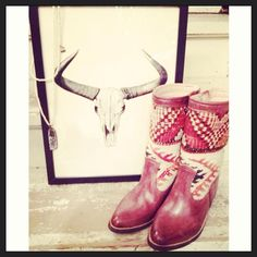 Vintagestyle Kilim boots by www.keliboots.com