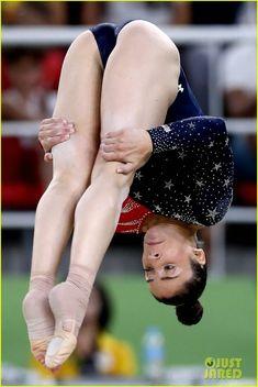 Gymnastics Problems, Acrobatic Gymnastics, Gymnastics Photography, Gymnastics Pictures, Sport Gymnastics, Artistic Gymnastics, Olympic Gymnastics, Olympic Games, Aly Raisman Swimsuit