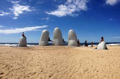 Playa de los dedos. Punta del Este (Uruguay)