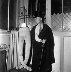 Buster Keaton | Paris 1945 |¤ Robert Doisneau | 14 juin 2015 | Atelier Robert Doisneau | Site officiel