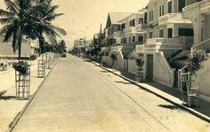 Rua Afonso Celso, que dá acesso ao Farol da Barra, em imagem antiga.