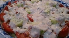 Fácil y Sano : Ensalada con salsa de Yogurt y Tomate