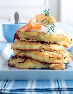 Kartoffel-Sauerkraut-Puffer mit Crème fraîche und Lachs - smarter - Kalorien: 615 Kcal - Zeit: 45 Min. | eatsmarter.de                                                                                                                                                                                 Mehr