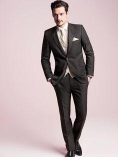 Hochzeitsanzüge - Inspiration für den Bräutigam   miss solution - Modell Sam Webb 2013.5