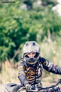 Jungle is my playground! #iconshaguar #shaguar #iconalliancegt #ewastunts #motorcycle #helmet #iconmotosports #canon7dmark2 #tamron #stunt #rockthegear #girlwhoride #femalerider #iconmotosports #iconhelmet #iconmercjacket #stuntbike #stuntride #zx6r #kawasakininja #magura