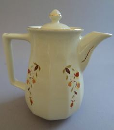 Jewel Tea/Autumn Leaf Hall China Bellevue Coffee Pot NALCC 2003