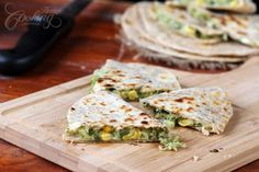 Broccoli Quesadillas made with homemade tortillas takes only few minutes to prepare and the final dish is healthy and delicious, perfect for lunch or dinner. Healthy Recipes, Vegetarian Recipes, Cooking Recipes, Veggie Recipes, Most Nutritious Vegetables, Veggies, Broccoli Benefits, Quesadillas, Wraps