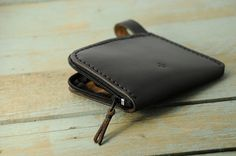 Horween chromexcel leather zip wallet mens by Manufacturabrand