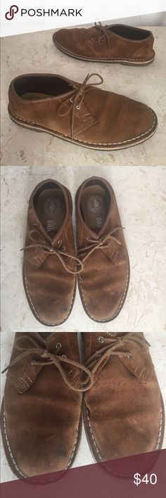 """Clarks Originals Mens 8 M Desert Boot Shoes Brown Clarks Originals Desert Boot shoes in mens size 8M. They have 4 eyelet lace up and non slip crepe rubber soles. There are some stains on the toes, be sure to look at all the photos!   The insole measures about: 10 1/2"""" long 3 1/2"""" wide at the foot ball 1/2' heel height  171103-214-Mns Brn 3 Clarks Shoes Chukka Boots"""
