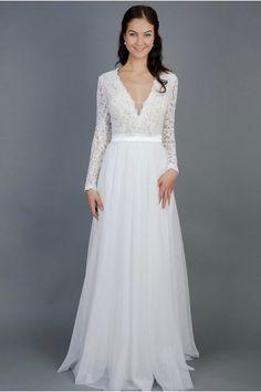 39f6fe0a75c9 Splývavé svatební šaty s rukávy lehounké splývavé svatební šaty krajkový  živůtek a rukávy zdobené bordurou jemná. Společenské ŠatyMóda