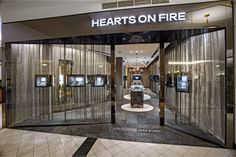 Hearts On Fire is showing off its new store design at the King of Prussia Mall in King of Prussia, Pa. #retail http://www.chainstoreage.com/slideshow/hearts-fire-king-prussia-pa