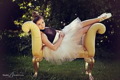 Ballet Dancer   Hazen High School Senior Pictures   Issaquah Portrait Studio