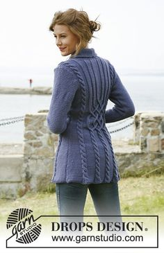 Knitted DROPS jacket with cabl
