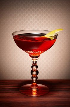 The Boulevardier - 1/3 Campari, 1/3 Italian vermouth, 1/3 Bourbon whisky #cocktails #drinks #alcohol