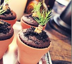 Mandrake Cupcakes and other awesome ideas for a Harry Potter Party!