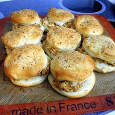 I can't wait to try these - Inspired By eRecipeCards: Fast and Easy Chicken Spread Sliders ala Hungry Harps