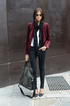 """exhalevogue:    I'm only following 279 blogs, messagemeand say """"100%street style"""""""