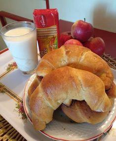 Rahátos kifli Bagel, Bread, Food, Brot, Essen, Baking, Meals, Breads, Buns