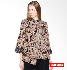 465 Model Baju Batik Wanita Kombinasi Kain Polos [2018] Model Dress Batik, Batik Dress, Blouse Batik Modern, Batik Blazer, Modest Fashion Hijab, Batik Kebaya, Batik Fashion, Women's Fashion, Blouse Models