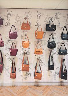 Mono 20 is used to display handbags. Reference Images, Handbags, Tote Bag, Retail, Display, Floor Space, Totes, Billboard, Purse