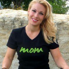 "Neon ""Mom"" T-Shirt –"