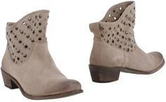 INTROPIA Ankle boots