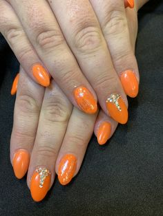 Cute neon orange nails with gem, foil and holographic detail Orange Nail Art, Neon Orange Nails, Holographic, Nail Designs, Gems, Detail, Nail Desings, Rhinestones, Jewels
