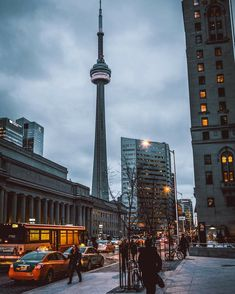 he sent me a pic once from this exact spot i even have the ss cuz it was so pretty Toronto Street, Toronto City, Downtown Toronto, Visit Toronto, Toronto Ontario Canada, Beautiful World, Beautiful Places, Downtown Photography, Places To Travel
