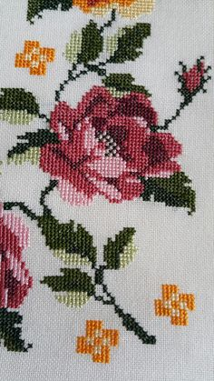 Cross Stitch Designs, Cross Stitch Patterns, Ethnic Bag, Cross Stitch Rose, Applique, Projects To Try, Kids Rugs, Embroidery, Crochet