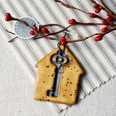 Key in dough for each of our family homes. Clay Christmas Decorations, Holiday Ornaments, Christmas Crafts, Craft Fair Ideas To Sell, Craft Show Ideas, Diy Clay, Clay Crafts, Santa's Magic Key, Neighbor Gifts