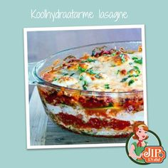 If you're looking for healthy dinner ideas, try Zucchini Noodle Lasagna. This low-fat, low-carb dish uses zucchini instead of pasta. Zucchini Lasagna is ridiculously delish. Veggie Recipes, Low Carb Recipes, Real Food Recipes, Vegetarian Recipes, Great Recipes, Cooking Recipes, Favorite Recipes, Yummy Food, Healthy Recipes