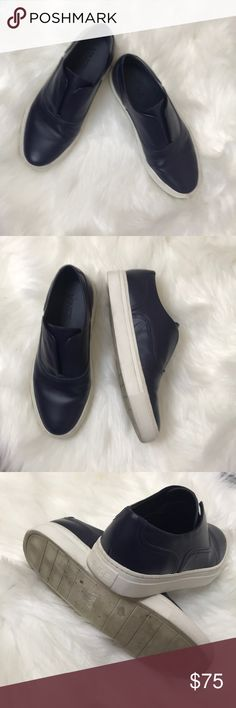 """▪️Vince▪️Nelson slip on shoes. Laceless. 6/36.5 Vince Skate Nelson Slip on Sneaker. Laceless. In Great preowned condition. Please view photos of the item.  ▫️Height: 1"""" ▫️Style: slip on Material: comfortable leather. Easy slip on for easy everyday go to shoes. Vince Shoes"""