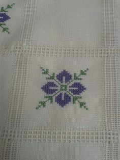 This Pin was discovered by Öze Cross Stitch Borders, Modern Cross Stitch Patterns, Cross Stitch Flowers, Cross Stitch Designs, Cross Stitching, Cross Stitch Embroidery, Hand Embroidery Designs, Embroidery Patterns, Palestinian Embroidery