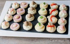 Canapés chilenos Chilean Recipes, Chilean Food, Afternoon Tea Recipes, Latin American Food, Wedding Cookies, Ham And Cheese, Recipe Images, Cute Food, Mini Cupcakes