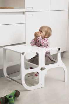 Little helper tower / table / chair all-in-one Montessori learning stool kitchen step stool & Little helper tower / table / chair all-in-one Montessori ... islam-shia.org