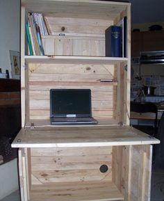 recycled pallet fold out computer desk